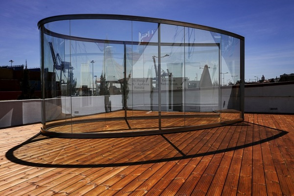 شیشه خم نمای ساختمان
