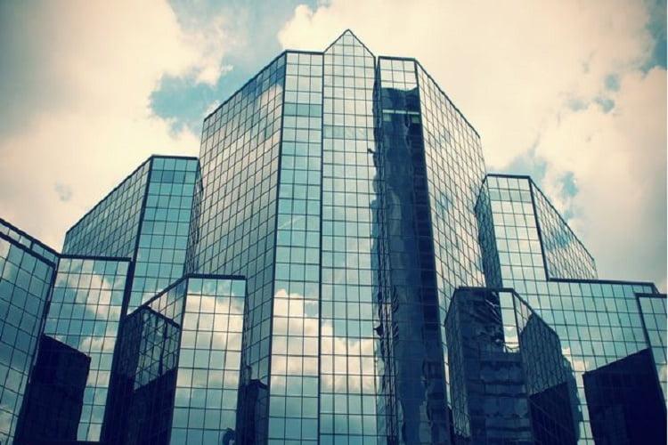 اجرای نمای شیشه ای کرتین وال